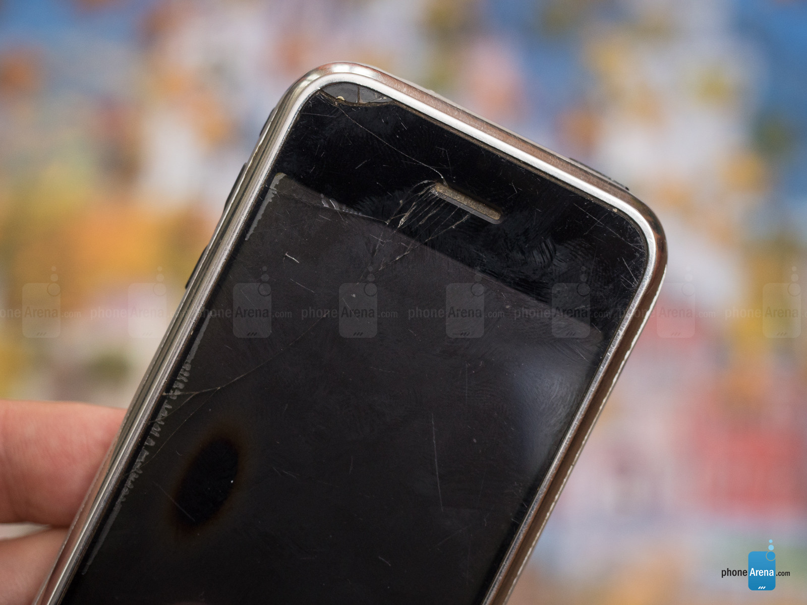 1498804267_bruised-and-battered-but-not-broken-10-years-on-my-iphone-2g-still-works-12.jpg