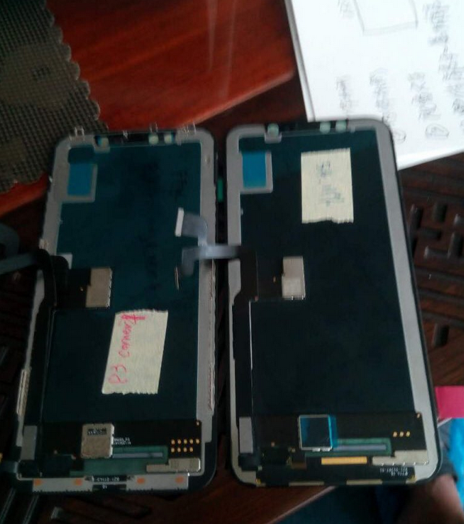 1503820405_apple-iphone-8-displays-go-for-5000-in-the-chinese-black-market.jpg