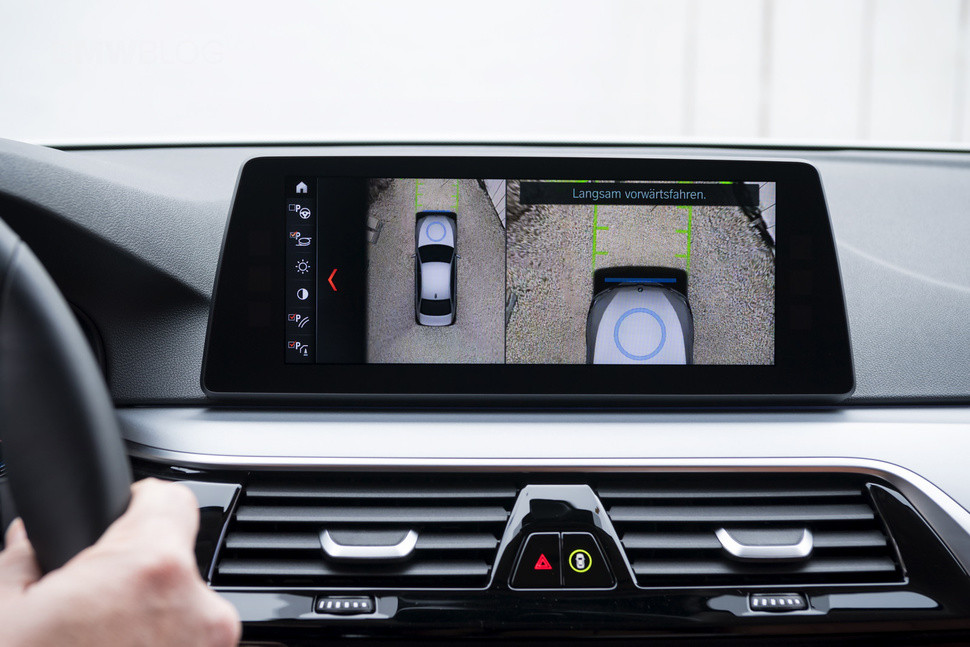 1506522718_142374-cars-news-bmw-wireless-charging-image1-psiaojrhd5.jpg