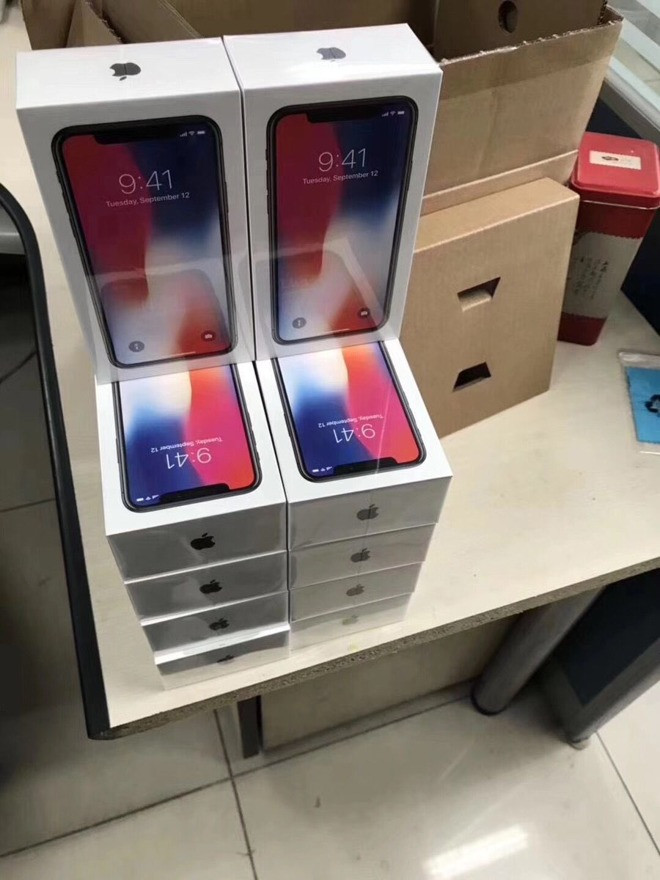 1509275672_boxes-containing-the-apple-iphone-x-getting-ready-to-be-shipped.jpg