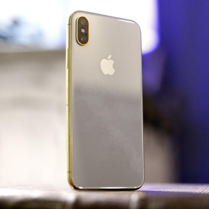 1510033391_gold-and-rose-gold-iphone-x.jpg