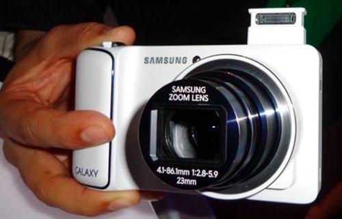 Samsung Galaxy S4 Zoom ön inceleme!