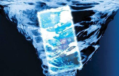 Huawei'den su geçirmez telefon