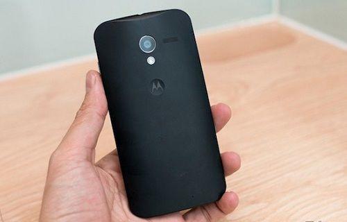 Motorola bulanık fotoğraflarla dalga geçiyor