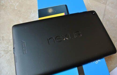 Yeni Nexus 7 tanıtılmadan kutusundan çıktı! Video
