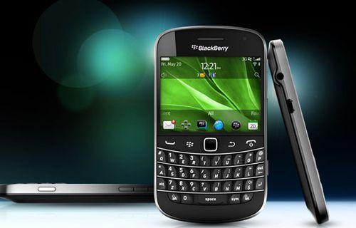 BlackBerry 9720 Samoa internete sızdırıldı