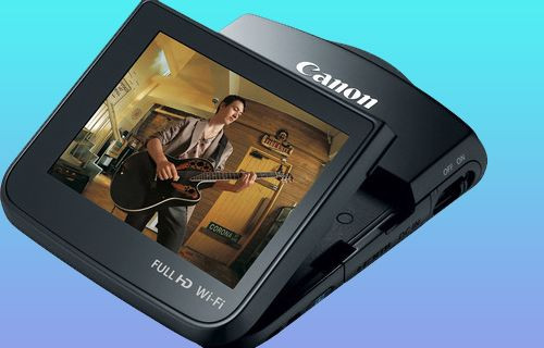Canon'dan hem kamera hem akıllı telefon
