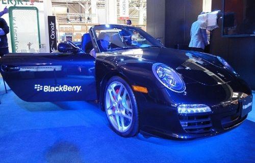 BlackBerry'den yeni bir Porsche geliyor