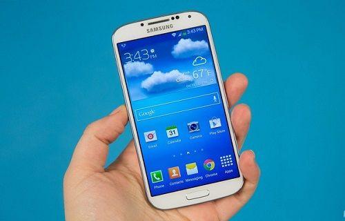 Galaxy S4 için şarjlı kılıf satışa sunuldu