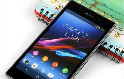 Xperia Z1 siparişi ver, akıllı saati kap