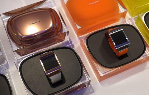 İşte Samsung'un akıllı saati 'Galaxy Gear' (Özellikler ve Her Şey)