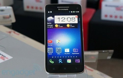 5-inç Lenovo Vibe X telefon ve 7-inç s5000 tablet tanıtıldı