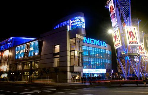 Nokia ve Windows Phone, Apple ile bakın nasıl dalga geçti!