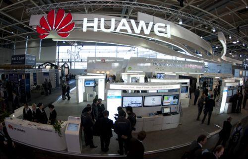 Huawei Ascend W3'ten ilk görüntüler!