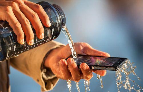 Sony Xperia Z1'in Türkiye fiyatı belli oldu!