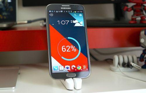 Galaxy Note 3 ve S4 Active'in sağlam versiyonu gelecek