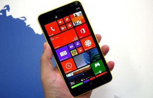 Nokia'nın dev telefonu için ön sipariş süreci başladı