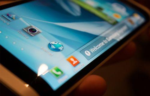 iPhone'ların AMOLED ekranının yüzde 60'ını Samsung üretecek