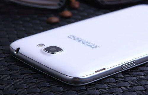 Samsung Galaxy Core düşük özelliklerle sunuldu
