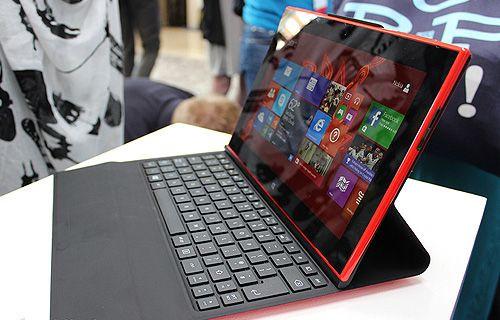 Yine Nokia, yine göndermeli bir tablet reklamı!