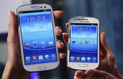 Samsung Galaxy Note 2 ve S3'e yeni TouchWiz arayüzü gelecek mi?
