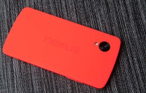 Kırmızı Nexus 5 satışa sunuluyor