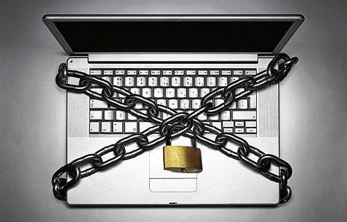 İnternet özgürlüğünü kısıtlayacak yasalar kabul edildi!