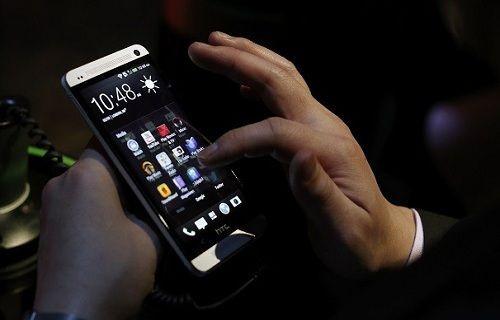 HTC M8'in yeni görüntüsü yayınlandı!