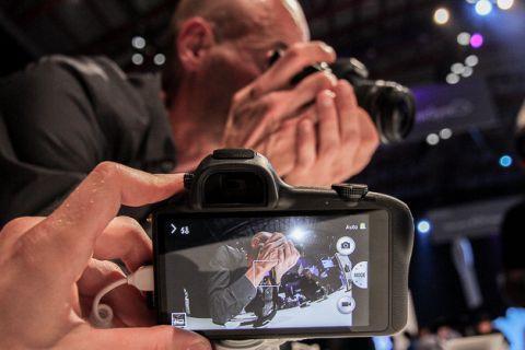 Galaxy NX en ideal fotoğrafı öneriyor