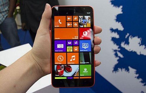 Dev ekranlı Lumia 1320'nin Türkiye fiyatı belirlendi!