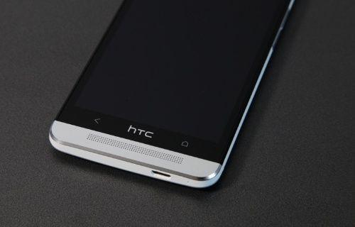 İste karşınızda HTC M8 altın sarısı!