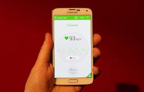 Samsung Galaxy S5'in tasarımı yeni videoda ortaya çıktı! (Video)