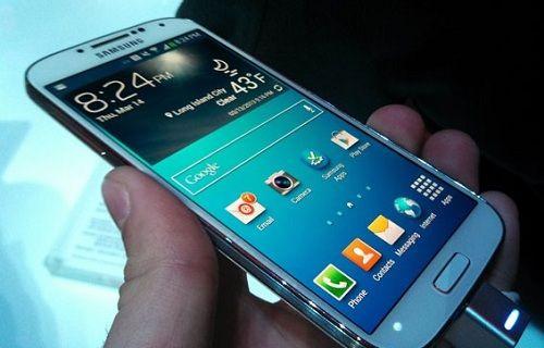 Samsung 200 milyon Galaxy S serisi telefon sattı!