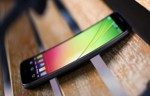LG G Flex, Android KitKat ile 4K özelliğine sahip olacak!