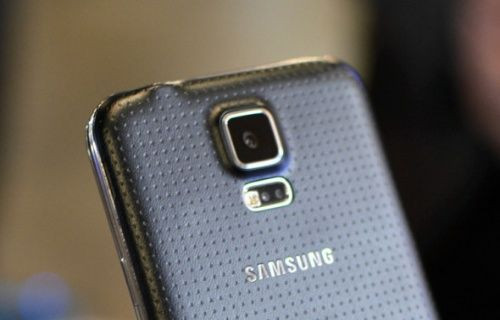 Samsung Galaxy S5, Güney Kore'de darbe yedi!