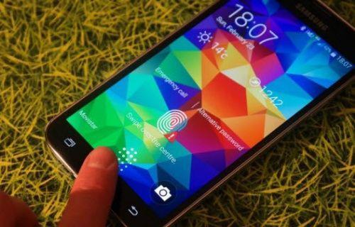 Samsung Galaxy S5, 50 Kalibrelik keskin nişancı tüfeğine karşı! (Video)