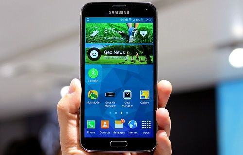 Galaxy S5 Neo modeli test aşamasında!