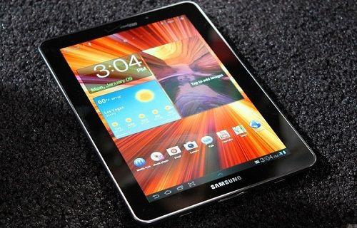 Samsung'dan Super AMOLED ekranlı Galaxy S Tab modeller geliyor