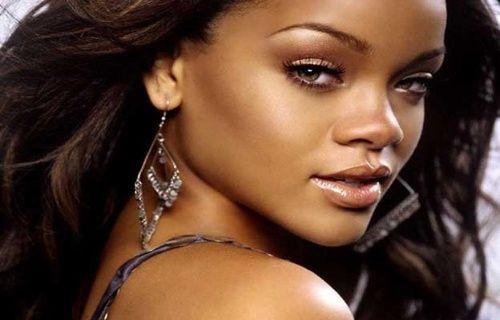 Instagram'dan Rihanna'ya Ban!