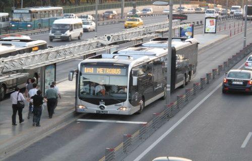 Metrobüslere de bedava internet geldi