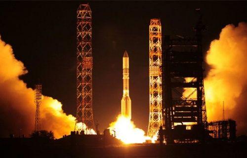 Rusya'nın en güçlü ve donanımlı uydusu düştü!