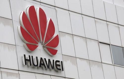 Huawei'nin WP-Android işletim sistemine sahip akıllı telefonu göründü!