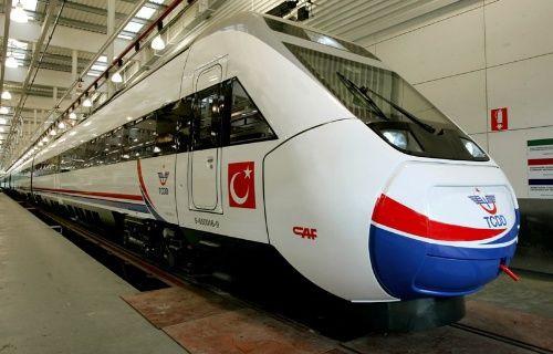 Yüksek hızlı trene 2 haftada 270 sabotaj düzenlendi!