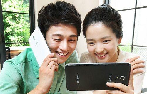 7-inç ekranlı akıllı telefon Galaxy W resmiyet kazandı