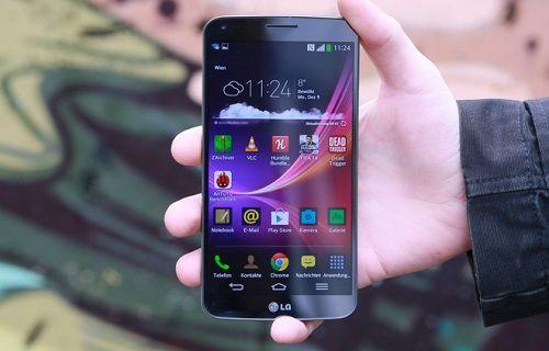 LG G Flex için Android 4.4.2 güncellemesi Türkiye'de