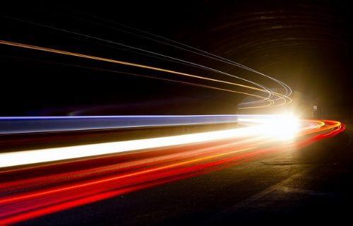 Işık hızı neden geçilemez?