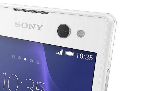 Selfie çekim odaklı Xperia C3'ün yeni görüntüleri yayınlandı