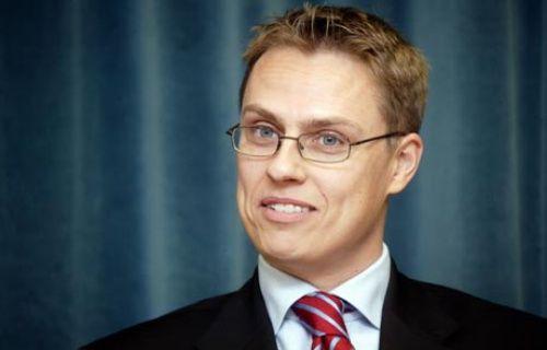 Finlandiya Başbakanından Steve Jobs'a katil damgası!