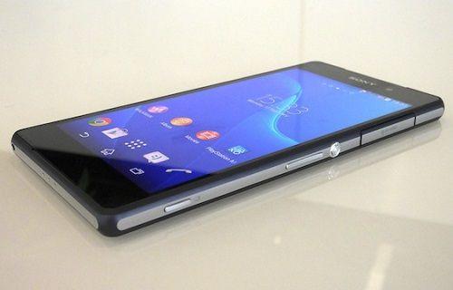 Xperia Z3 ve Galaxy Note yan yana