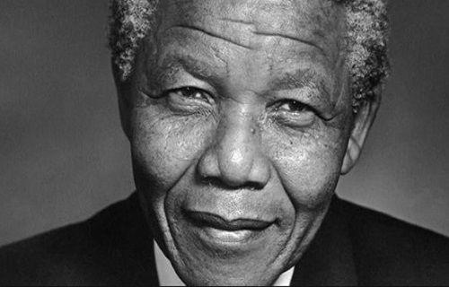 Google, ırkçılığa karşı savaş veren Nelson Mandela'yı unutmadı